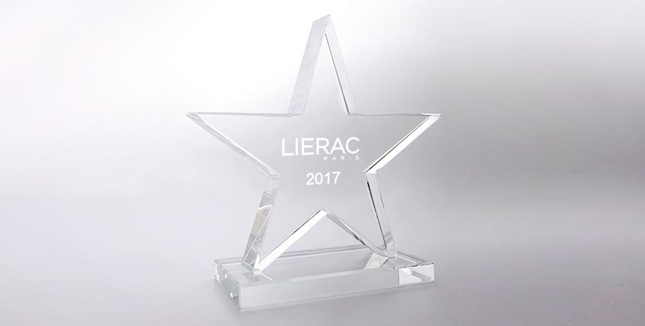 Trophée-verre-étoile-marquage-laser-boree