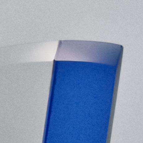 trophée-seminaire-verre-bleu-marquage-laser