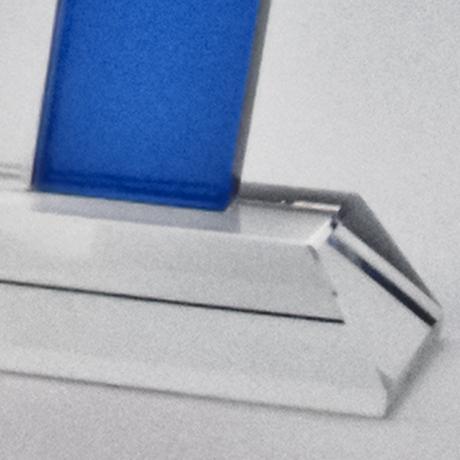 Trophee-potrophée-seminaire-verre-bleu-marquage-lasermpero--marquage-laser--popup1
