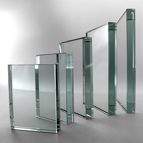 Trophée-verre-5tailles-marquage-laser-impression-couleur-grainblanc