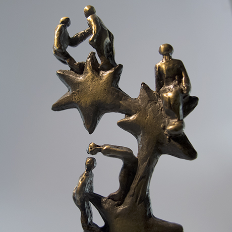 trophée-métal-artisan-création française-zoom