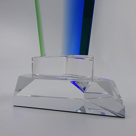 trophée vert bleu-couleur-marquage-laser-zoom