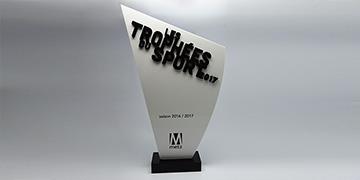 Trophée-bloc-acrylique-impression-texte-personnalisation