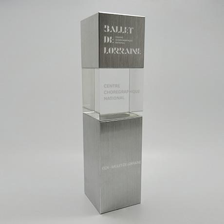 Trophée-prestige-verre-metal-marquage-laser-topaze