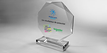 Trophée-siroccovip-verre-marquage-laser-impression-couleur