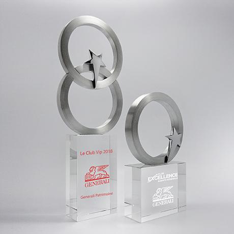 Trophée-en-verre-métallique-GalèneAlliance-marquage-couleur-laser-article-nouveauté-juin-2018