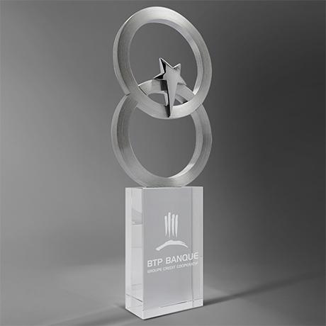 Trophée-selenian-anneau-étoile-verre-metal-marquage-laser-couleur-popup2