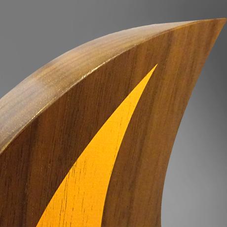 Trophee-athene-bois-marquage-impression-couleur-bloc-gravuredécoupe-sur-mesure-fabriqué-France-slider-popup2