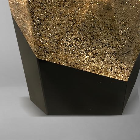 Trophee-corail-or-précieux-incrustation-verre-marquage-gravure-popup2jpg